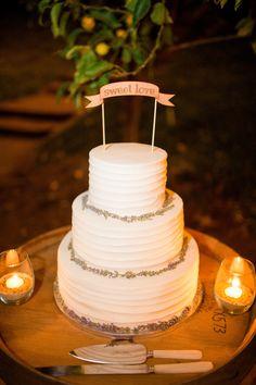 Photography: Aga Jones Photography - www.agajonesphotography.com/  Read More: http://www.stylemepretty.com/california-weddings/2014/11/18/al-fresco-bonsall-estate-wedding/