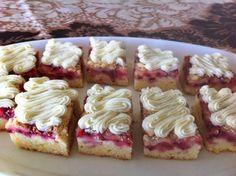 Liian hyvää: Valamon luostarin punaherukkapiirakka Baking Recipes, Cake Recipes, Dessert Recipes, Desserts, Finnish Recipes, Cake Bars, Sweet Pastries, Sweet Pie, Let Them Eat Cake
