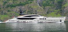 Palmer Johnson Yacht LADY M built by Moran Yacht & Ship