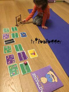 Yoga per bambini, gioco yoga con le carte. Kids Rugs, Kid Friendly Rugs, Nursery Rugs