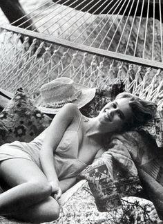 ☆ Claudia Schiffer | Photography by Arthur Elgort | For Vogue Magazine US | June 1990 ☆ #claudiaschiffer #arthurelgort #vogue #1990