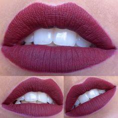 Lèvres de velour avec Lime Crime