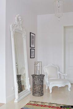 'White Nights' Apartment Interior // Anna Erman | Afflante.com