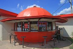 27 Buildings Shaped Like Food That's Sold There