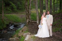 Phillips Creek on the property of Hawkesdene House is a beautiful setting for wedding photos.