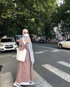 Modest Fashion Hijab, Casual Hijab Outfit, Ootd Fashion, Fashion Outfits, Dress Outfits, Mode Abaya, Mode Hijab, Model Baju Hijab, Moslem Fashion