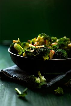 This Spicy, Garlicky and Lemony Broccoli comes together in no time!