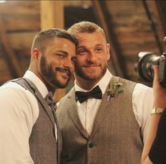Two Dads: gay men who wish to be parents. Adonis Male, Lgbt, Hunks Men, Great Beards, Love Scenes, Cute Gay Couples, Hairy Men, Bearded Men, Hot Men