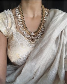 Mid week experiments with this diaphanous drape from & choker from 🌸 Indian Blouse, Indian Sarees, Indian Wear, Saree Blouse Designs, Blouse Styles, Choli Designs, Silver Jewellery Indian, Silver Jewelry, Silver Ring