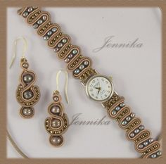 Остановись мгновение Soutache Jewelry, Macrame Jewelry, Macrame Bracelets, Diy Jewelry Projects, Diy Jewelry Making, Beaded Watches, Lace Art, Gold Bridal Earrings, Diy Rings