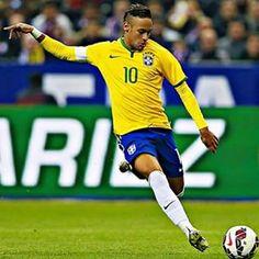 """""""Quem Deus nos abençoe e nos proteja ️"""" neymar jr via instagra ♥ 29.03.15 before Brasil-Chile"""