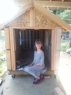 I nearly started crying when I discovered Hailey Fort. She is an amazing 9 year old girl with a heart of gold! With the help of her family, Hailey builds portable shelters and grows food for the ho...