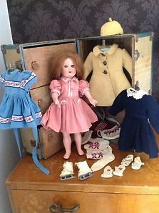 Rare MARILU 1940s doll & trunk & clothes like bleuette style