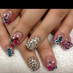 animal print nails plus bling Creative Nail Designs, Beautiful Nail Designs, Creative Nails, Toe Designs, Funky Nails, Love Nails, Gorgeous Nails, Pretty Nails, Glitter Nail Art