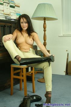 Ridingboots.net - Ridingboots, Jodhpurs, Breeches, Sexy Boot Photos