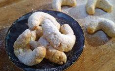 Low carb cukroví vanilkové rohlíčky - Jídelní plán Lchf, Christmas Cookies, Lowes, Sausage, Paleo, Low Carb, Meat, Food, Biscuits