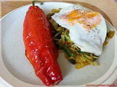 Gevulde paprika met gehakt en verse kruiden  Zo wordt een vleesgerecht wel heel bijzonder :).