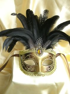 Pure hand painted Venetian style onion powder feathers masquerade mask-inParty Masks from Home & Garden on Aliexpress.com
