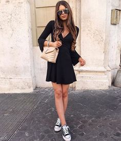 """9,198 kedvelés, 26 hozzászólás – @milano_streetstyle Instagram-bejegyzésének megtekintése: """"Love this style @freak__fashion 📷 @ivanikolina ✔️✔️✔️Check link in bio."""""""