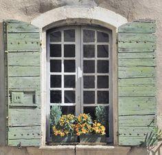 Exterior shutters rattlebridge farm a painted brick house choosing colors Green Shutters, Window Shutters, Window Boxes, Exterior Shutters, Old Windows, Windows And Doors, Casement Windows, Exterior Design, Interior And Exterior