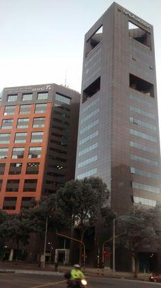Edificios de Davivienda y la Bolsa de Valores de Colombia, en Bogotá.