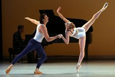 World premiere by the rising choreographer Justin Peck for New York's pre-eminent ballerina, Sara Mearns. (Like Mr. Peck, in whose work she was appearing for the first time, she is from New York City Ballet.) Ms. Mearns was teamed for the first time with Casey Herd, an American-born dancer from Dutch National Ballet.