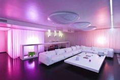 futuristic living room Apartment Interior Design, Living Room Interior, Modern Interior Design, Living Room Decor, Living Rooms, Luxury Interior, Apartment Living, Bright Apartment, Purple Interior