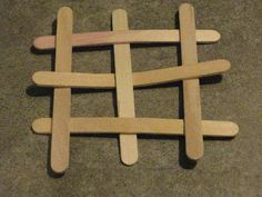 Projects With Popsicle Sticks: Popsicle sticks can be glued, taped, or even friction-fit together to create all sorts of cool objects and designs. Check out these awesome projects with popsicle sticks to see what you can make! Popsicle Stick Crafts, Popsicle Sticks, Craft Stick Crafts, Craft Ideas, Science Projects, Projects For Kids, Crafts For Kids, Cub Scouts Bear, Boy Scouts