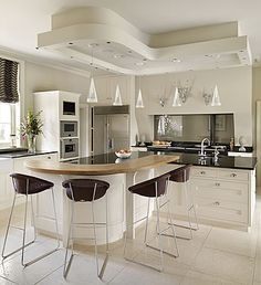 Whether you dream of a kitchen which is classic or contemporary, traditional or high-tech, we'd love to work with you to design and create bespoke kitchens as stunning as it is perfectly practical. Kitchen Showroom, Kitchen Interior, New Kitchen, Kitchen Dining, Kitchen Ideas, Kitchen Designs, Small U Shaped Kitchens, Bespoke Kitchens, Island Design