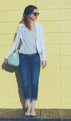Blazer and boyfriend jeans. #blog #blogger #styleblog #clothes #fashion #style #boyfriendjeans #blazer #pastels #flats #handbag #purse #mint #white #yellow #bright #color #spring #springfashion #stevemadden #cottonon #oldnavy #forever21 DarlingOnADollar.com