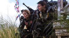 """Emily Blunt y Tom Cruise en """"Al filo del mañana"""" de Doug Liman (2014)"""