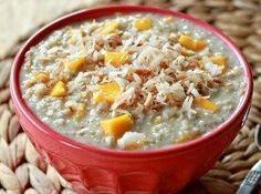 Creamy Steel Cut Mango Coconut Oatmeal recipe with 480 calories. Paleo Oatmeal, Coconut Oatmeal, Porridge Recipes, Oatmeal Recipes, Healthy Snacks, Healthy Recipes, Banting Recipes, Healthy Eating, Good Food