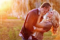 Here are some great ideas for engagement photo poses - whether you are the photographer or the engaged couple. Engagement Announcement Photos, Engagement Shots, Fall Engagement, Engagement Couple, Engagement Pictures, Engagement Ideas, Couple Photography, Engagement Photography, Wedding Photography