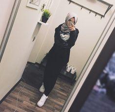 Islamic Fashion, Muslim Fashion, Modest Fashion, Hijab Fashion, Fashion Outfits, Women's Fashion, Stylish Hijab, Hijab Chic, Hijab Wear