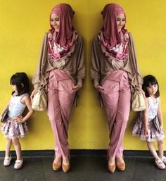 Gaya Hijab Ala Zaskia Adya Mecca