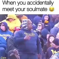 Funny Video Memes, Crazy Funny Memes, Funny Short Videos, Really Funny Memes, Stupid Funny Memes, Funny Laugh, Wtf Funny, Funny Relatable Memes, Hilarious