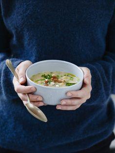 Glutenfri cremet suppe med kikærter, kål og bønner