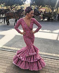 Flamenca Verano Malaga Pilar Arregui5 Dinner Gowns, Feminine Dress, African Fashion Dresses, Malaga, Fishtail, Diy Fashion, Ruffles, Asos, Mermaid