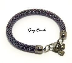 Grey Beads: Koralikowa bransoletka