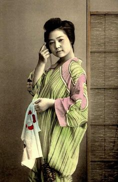 GEISHA LEANING ON A BAMBOO SCREEN by Okinawa Soba, via Flickr