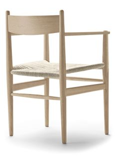 The expert craftsmanship of Hans J. Wegner's stylish and comfortable dining chair is clear to see. Chair Design, Furniture Design, Danish Furniture, Wishbone Chair, Armchair, Dining Chairs, Home Decor, Creative, Womb Chair