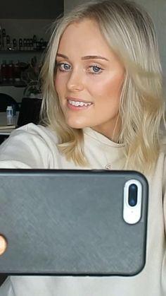 Fresh blonde selfies Ash Blonde, Blonde Highlights, Brunette Hair, Blonde Hair, Blonde Selfies, Dimensional Brunette, Hair Studio, Hairstyles With Bangs, Hair Makeup
