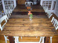 Barn board table.  <3