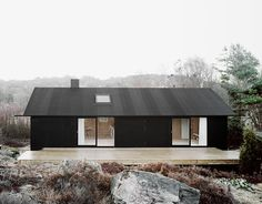 Building / Coll-Barreu Arquitectos love the color mix black house exterior Architecture. Houses Architecture, Residential Architecture, Interior Architecture, Scandinavian Architecture, Black Architecture, Installation Architecture, Design Exterior, Black Exterior, Interior And Exterior