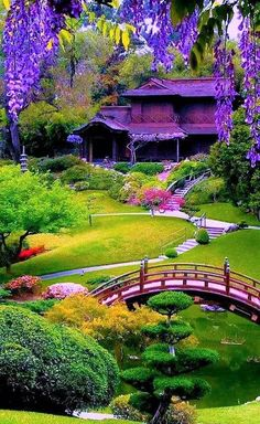 Great Absolutely Free japanese garden landscape Thoughts Japanese people gardens are usually classic gardens that induce small idealized scenery, frequently in an extr. Beautiful Landscapes, Beautiful Gardens, Amazing Gardens, Japanese Garden Zen, Japanese Style, Japanese Gardens, Chinese Garden, Japanese Nature, Japan Garden