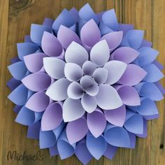 Flor de papel gigante passo a passo by michaels Learn how to make beautiful giant paper flowers Paper Flowers Craft, Paper Crafts Origami, Giant Paper Flowers, Flower Crafts, Diy Flowers, Diy Paper, Origami Flowers, Scrapbook Paper Crafts, Summer Crafts For Kids