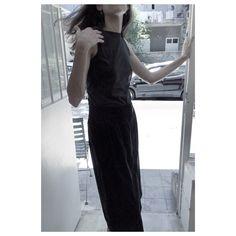 Linen pancil skirt and basic tank