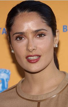 View and license Salma Hayek Headshot pictures & news photos from Getty Images. Telenovela Teresa, Salma Hayek Pictures, Selma Hayek, Curvy Girl Fashion, Womens Fashion, Sexy Toes, Most Beautiful Indian Actress, Indian Actresses, Movie Stars
