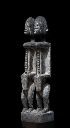 A Dogon couple of the Banani region African Sculptures, Art Premier, Soul Art, Masks Art, African Art, Arts, Fine Art, Abstract, Couples