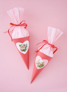 Step by step instructions on how to make a sweet paper cone. Valentine Crafts, Be My Valentine, Sweet Cones, Paper Cones, Paper Hearts, Crepe Paper, Tissue Paper, How To Make Paper, Diy Paper